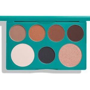 NEW Thrive Causemetics Eyeshadow Palette and Bag